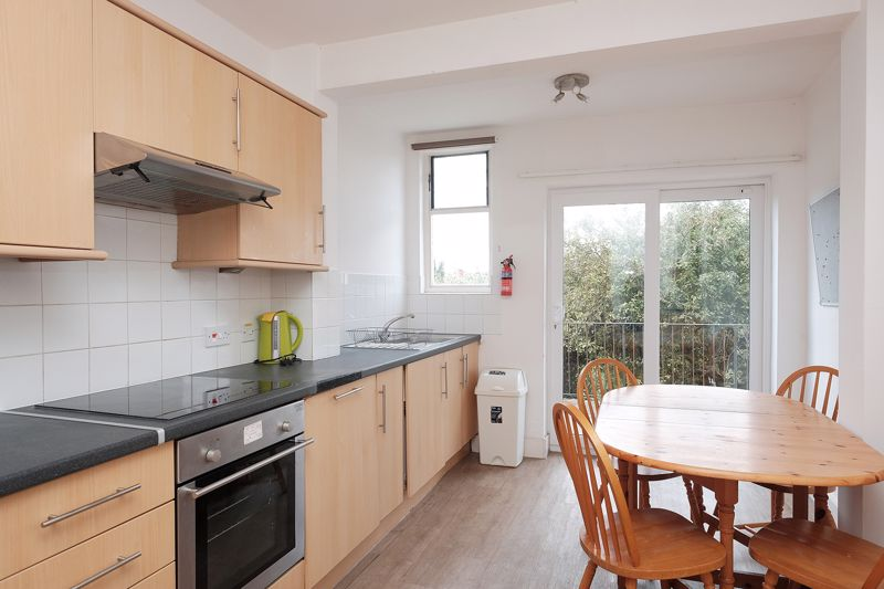 Ewhurst Road, Brighton property to let in Coombe Road, Brighton by Coapt