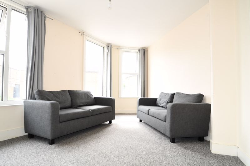 Queens Park Road, Brighton property to let in Hanover, Brighton by Coapt