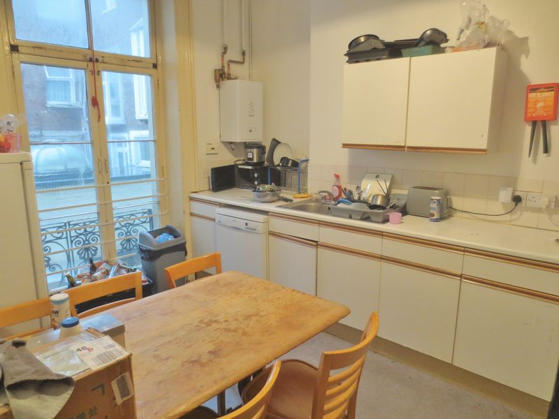 Atlingworth Street, Brighton property to let in Kemptown, Brighton by Coapt