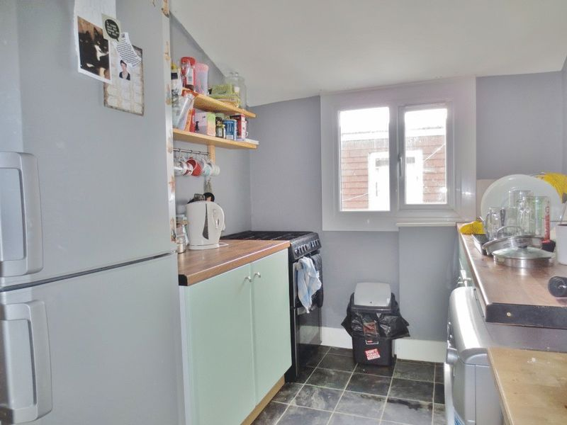 Freshfield Road, Brighton property to let in Queens Park, Brighton by Coapt