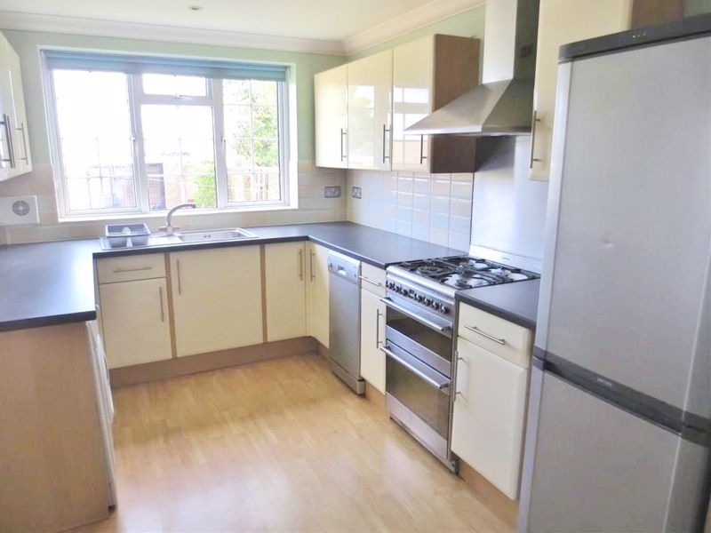 Eastbourne Road, Brighton property to let in Coombe Road, Brighton by Coapt