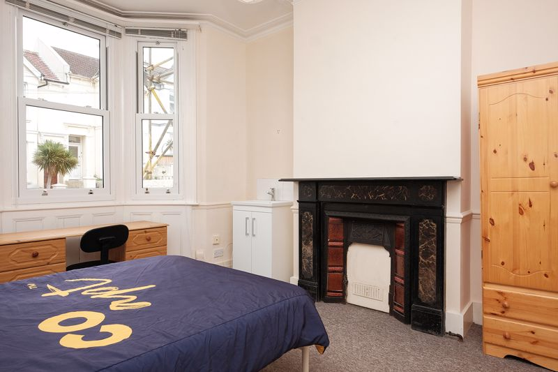 Whippingham Road, Brighton property to let in Elm Grove, Brighton by Coapt