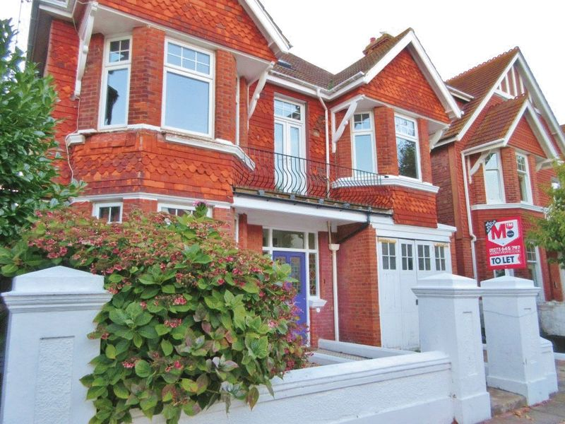 Carlisle Road, Hove property to let in Central Hove, Brighton by Coapt