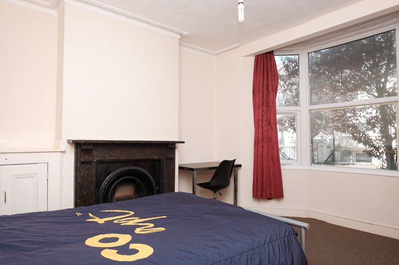 Newmarket Road, Brighton property to let in Lewes Road South, Brighton by Coapt