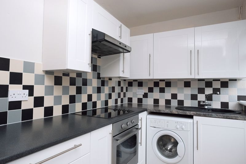 Baden Road, Brighton property to let in Coombe Road, Brighton by Coapt