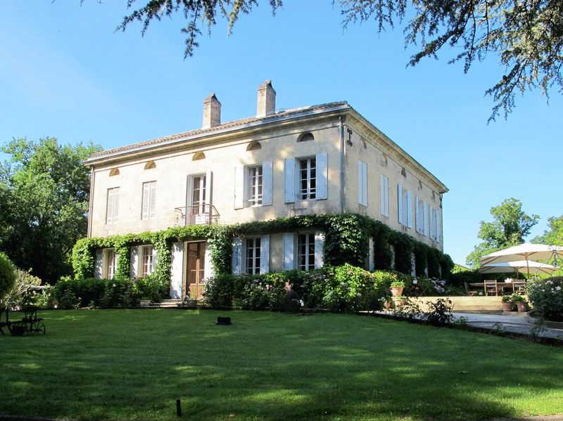 Country Manoir - Stunning Gardens - 6.8 Hectares - Quiet Location