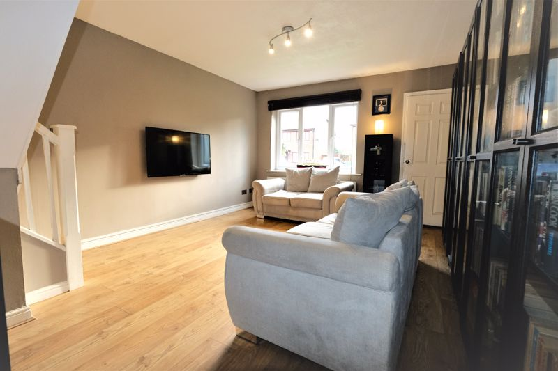 2 Bedroom Semi Detached House For Sale - Photo 4