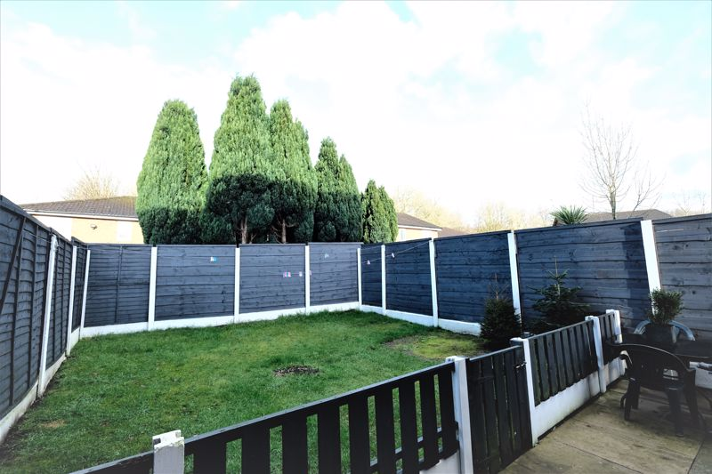 2 Bedroom Semi Detached House For Sale - Photo 13