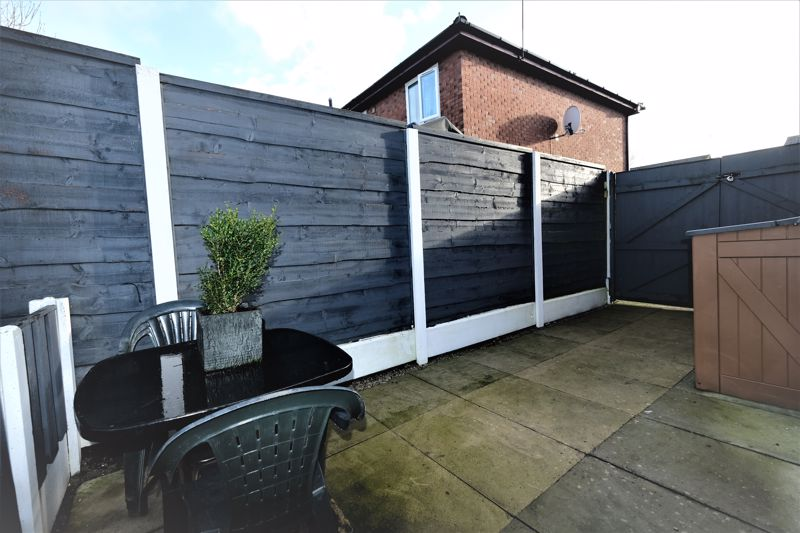 2 Bedroom Semi Detached House For Sale - Photo 14