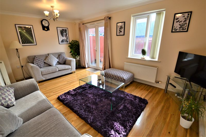 4 Bedroom Terraced House For Sale - Photo 13