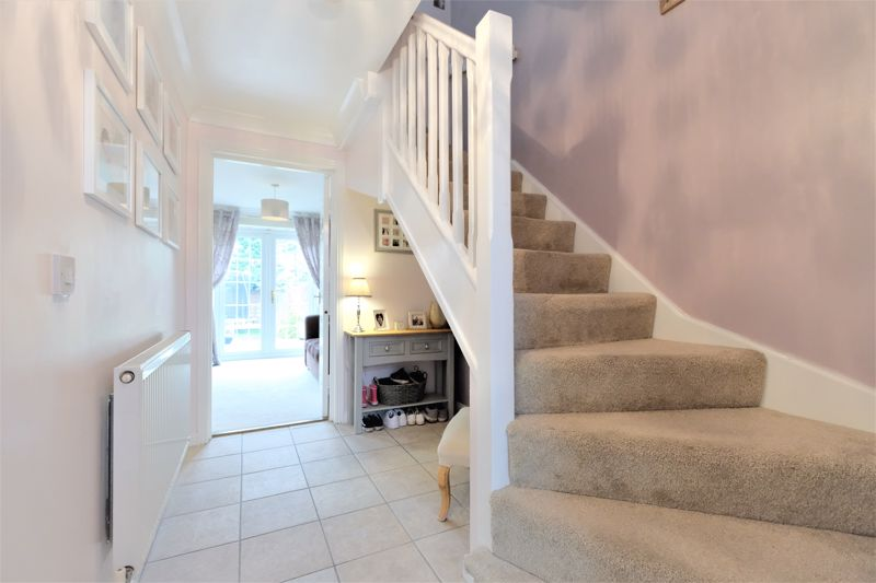 4 Bedroom Terraced House For Sale - Photo 16