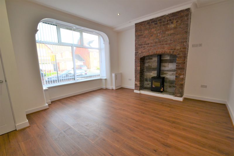 3 Bedroom Terraced House For Sale - Photo 6