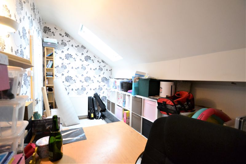 5 Bedroom Terraced House For Sale - Photo 2