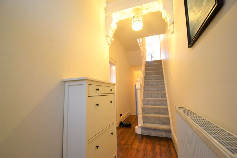 5 Bedroom Terraced House For Sale - Photo 9