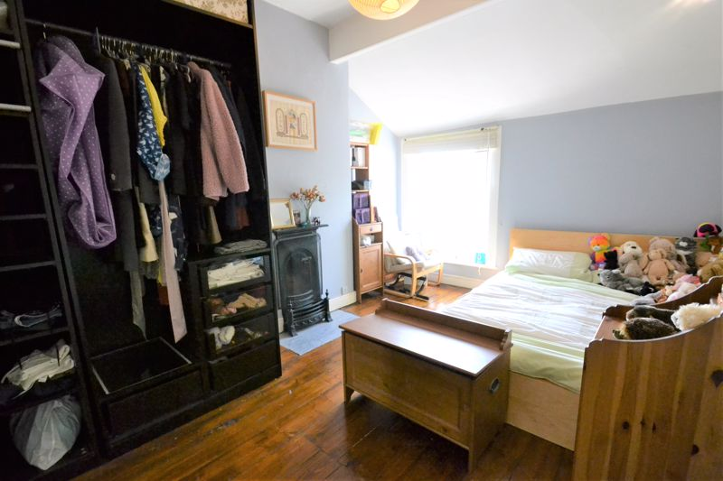 5 Bedroom Terraced House For Sale - Photo 6