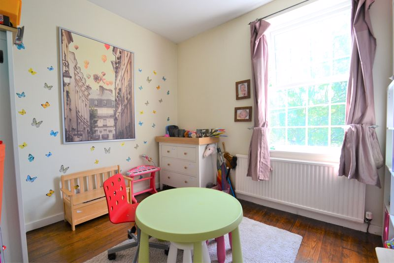 5 Bedroom Terraced House For Sale - Photo 11
