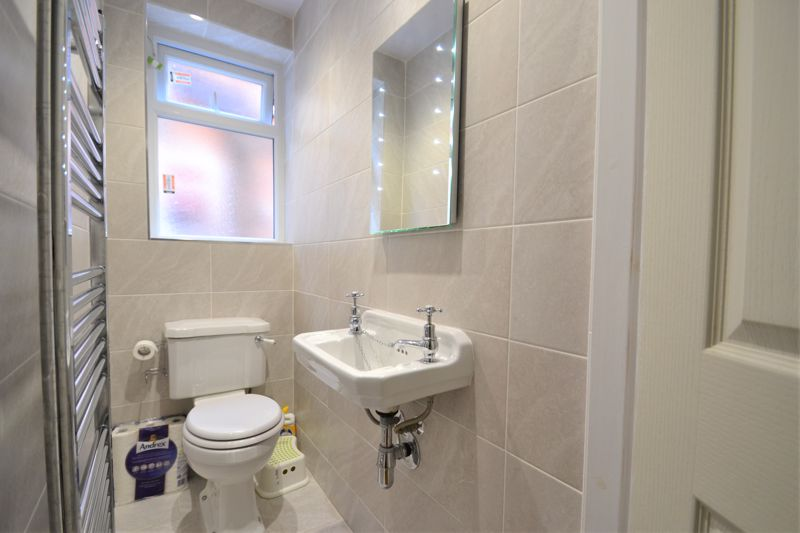 5 Bedroom Terraced House For Sale - Photo 16