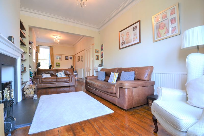 5 Bedroom Terraced House For Sale - Photo 19