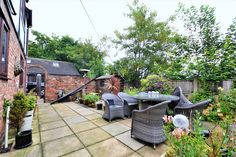 5 Bedroom Detached House For Sale - Photo 19