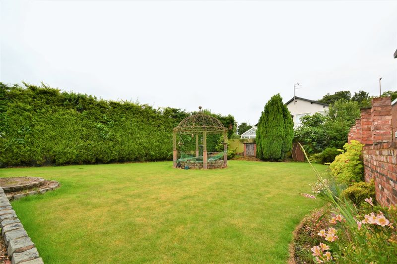 5 Bedroom Detached House For Sale - Photo 21