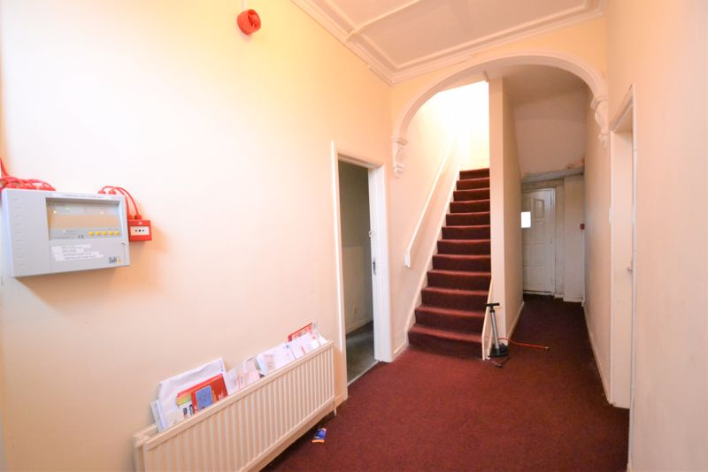 3 Bedroom Terraced House For Sale - Photo 18