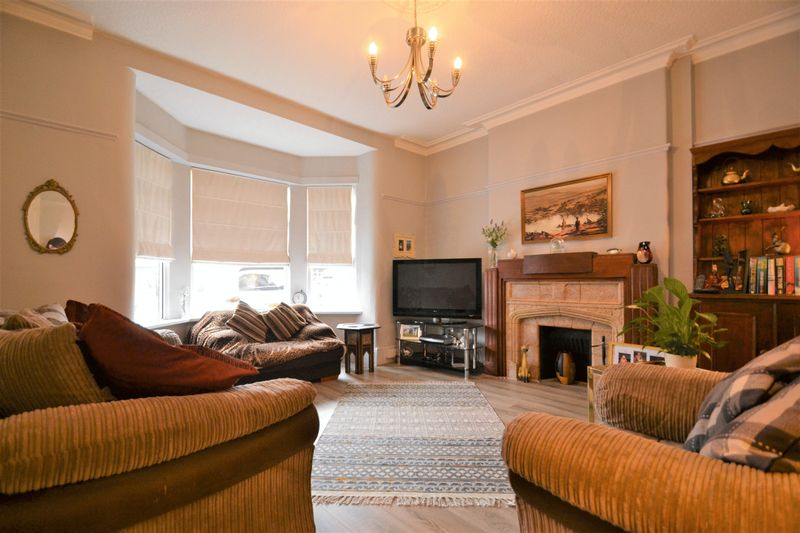 4 Bedroom Semi Detached House For Sale - Photo 11