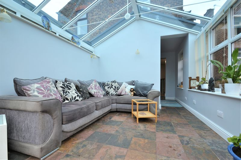 4 Bedroom Semi Detached House For Sale - Photo 16