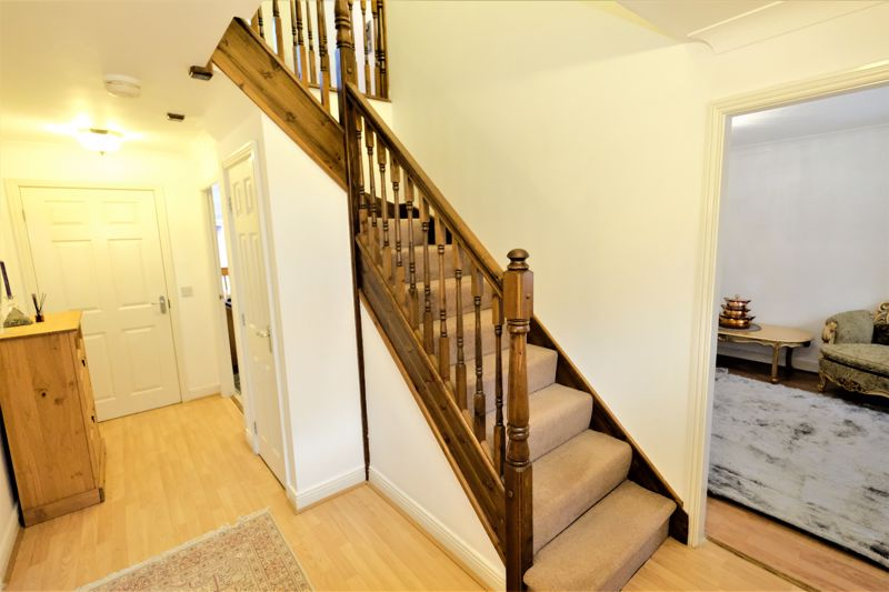 4 Bedroom Detached House For Sale - Photo 18