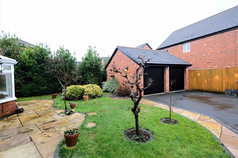 4 Bedroom Detached House For Sale - Photo 31