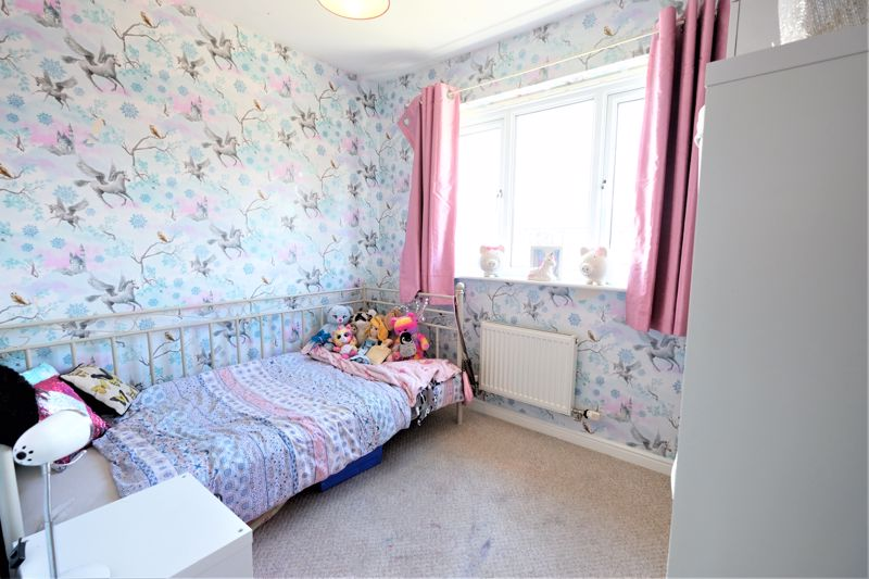 4 Bedroom Terraced House For Sale - Photo 5