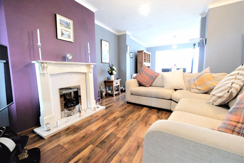 4 Bedroom Semi Detached House For Sale - Photo 21