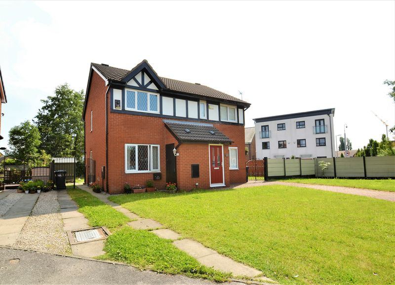 2 Bedroom Semi Detached House For Sale - Photo 11