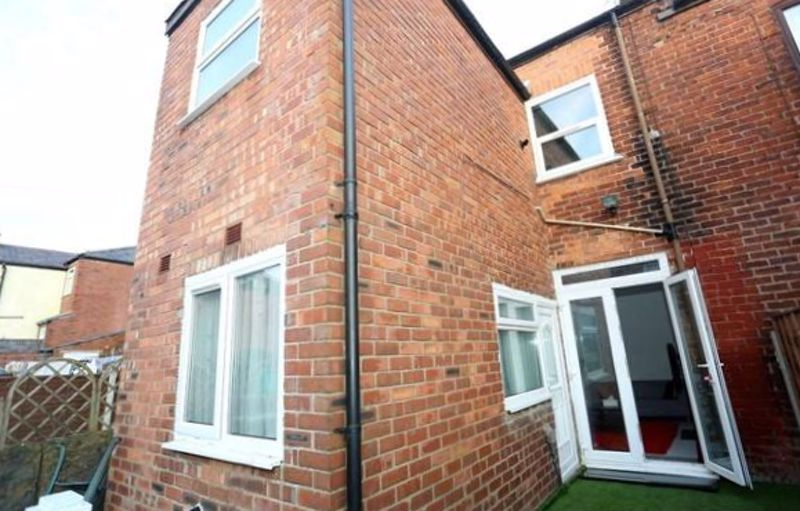 3 Bedroom Terraced House For Sale - Photo 14