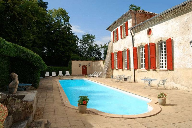 Restored 9 bedroom chateau just one hour from Toulouse