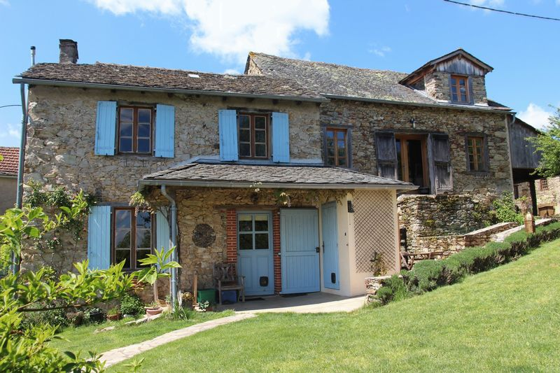 Tastefully renovated stone house with magnificent views
