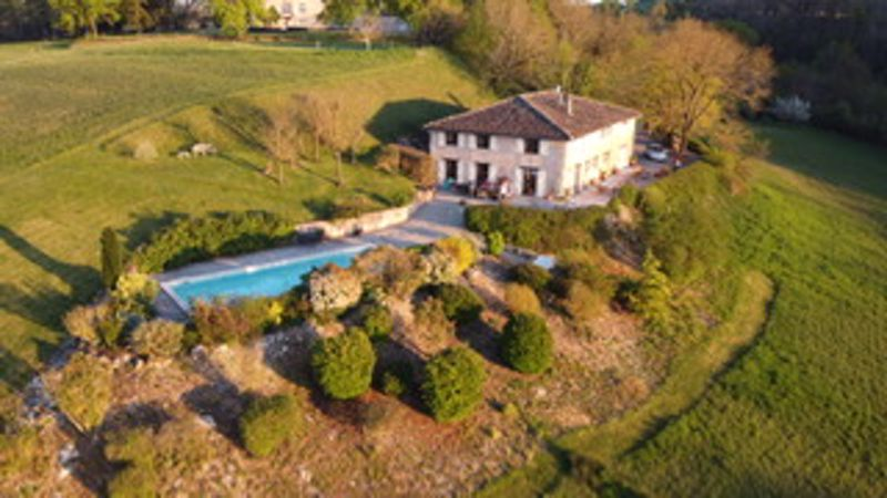 Stone renovated farmhouse with pool, land and views