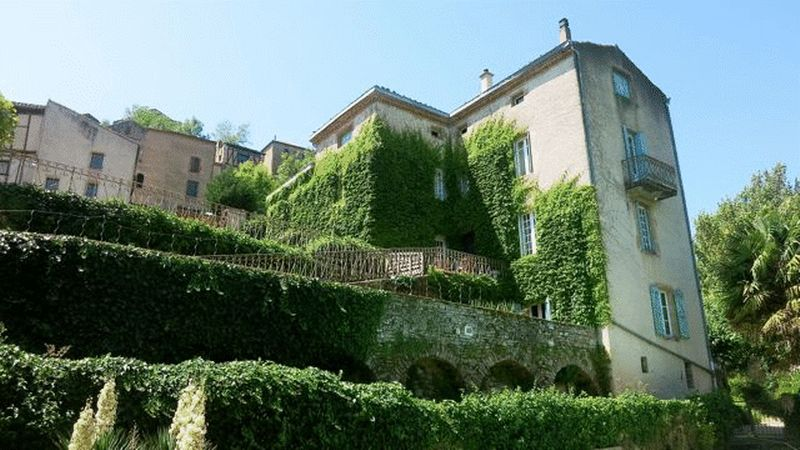 Guest house with gite in Cordes-sur-Ciel