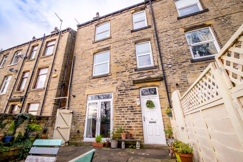 Mill Hill Lane, Brighouse