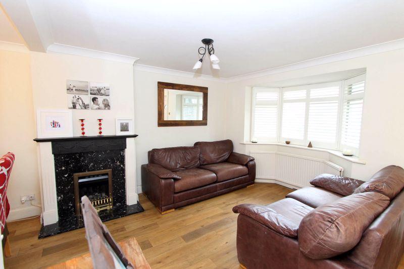 4 bedroom semi detached house Under Offer in Worcester Park - Photo 13.