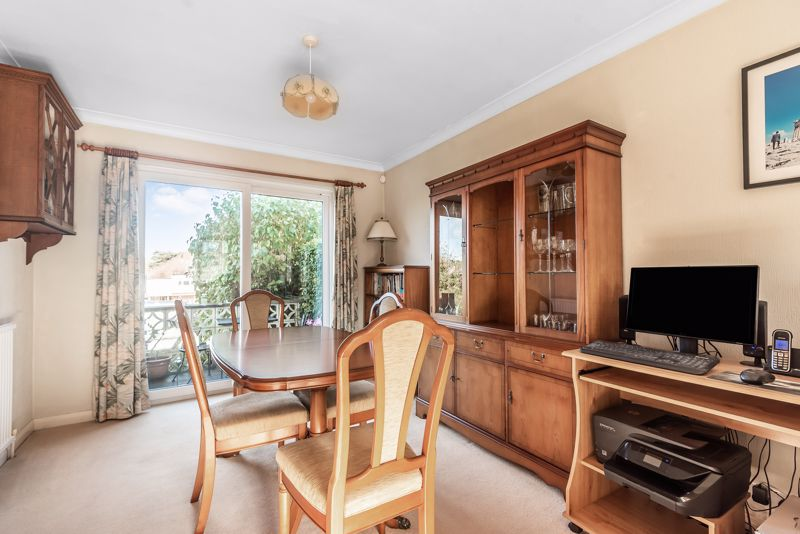 3 bedroom semi detached house Under Offer in Worcester Park - Photo 15.