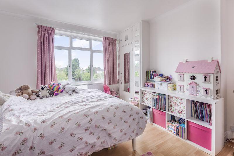 3 bedroom semi detached house Under Offer in Worcester Park - Photo 13.