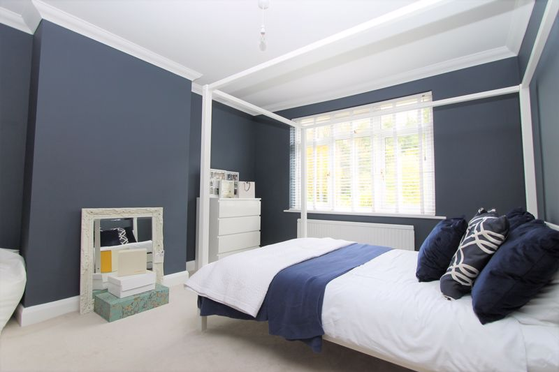 5 bedroom semi detached house Under Offer in Tadworth - Photo 6.