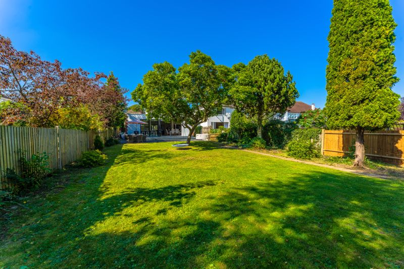 3 bedroom detached house SSTC in Sutton - Photo 34.