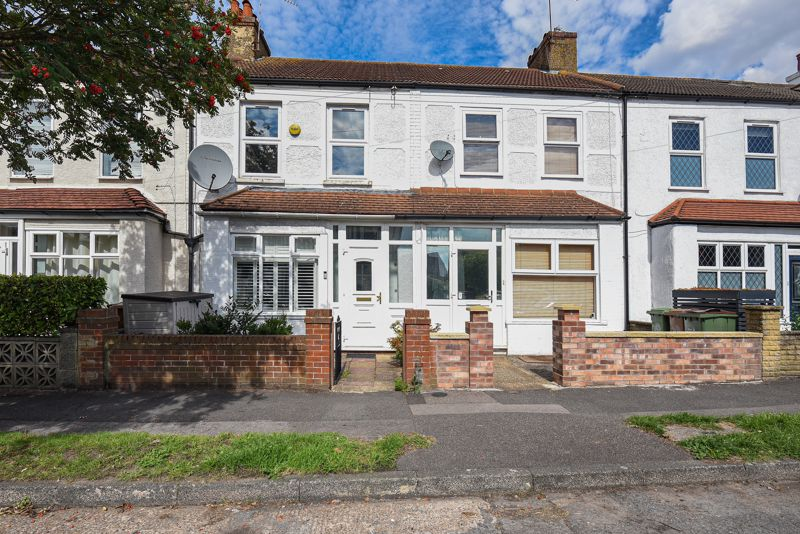 2 bedroom terraced house SSTC in Sutton - Photo 6.