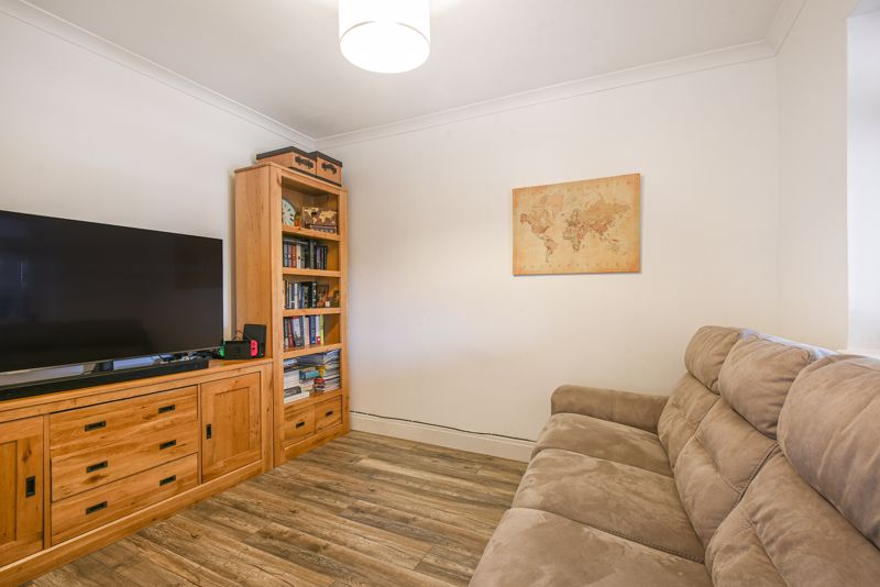 2 bedroom terraced house SSTC in Sutton - Photo 1.