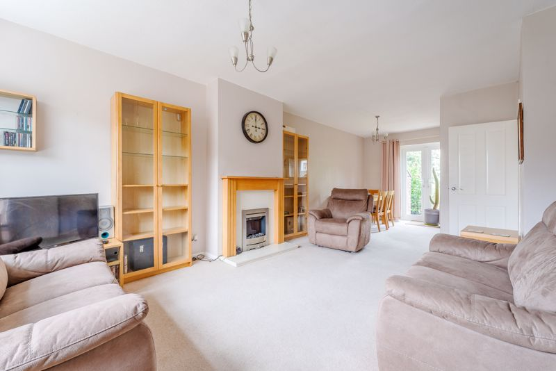 3 bedroom semi detached house SSTC in Sutton - Photo 5.