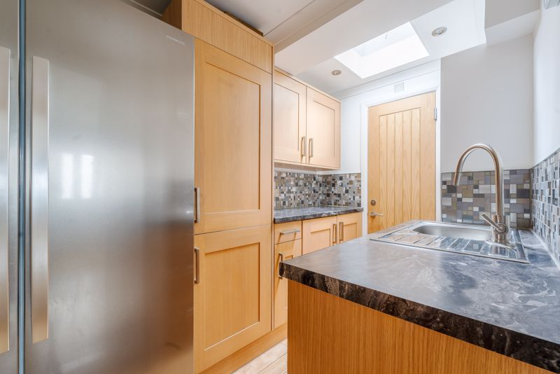 4 bedroom semi detached house Under Offer in Sutton - Photo 2.