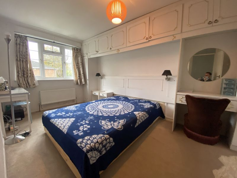 4 bedroom terraced house To Let in Sutton - Photo 4.