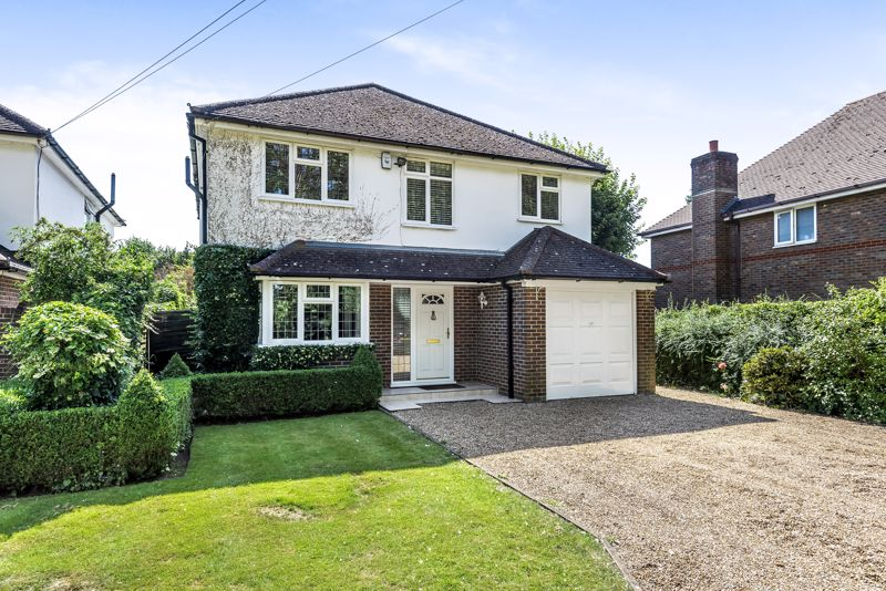 4 bedroom detached house SSTC in Epsom - Photo 19.