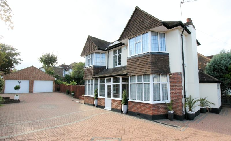 3 bedroom detached house Under Offer in Sutton - Photo 9.
